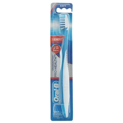 Oral-B CrossAction Pro-Health 7 Benefits Soft Toothbrush